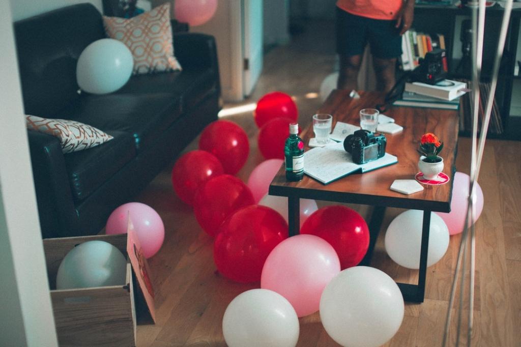 украшение комнаты шарами без гелия на пол